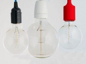 Ako si vytvoriť vlastné umelecké svietidlo