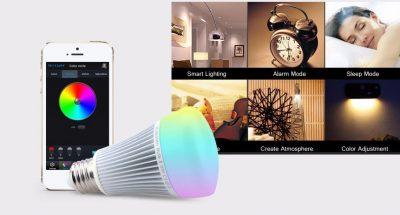 RGB LED žiarovka s bezdrôtovým reproduktorom, 8W, 550lm30