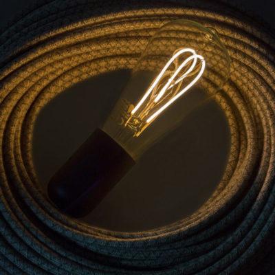 Edison Soft žiarovka. Vlákno žiarovky s novou LED technológiou zažil boom v posledných dvoch desaťročiach. Je možné vidieť ich využitie v kaviarňach