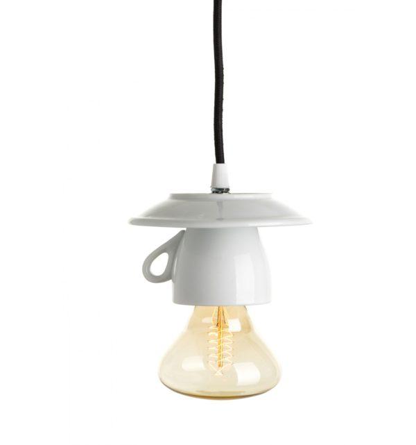 Porcelánové-dizajnové-svietidlo-v-tvare-šálky-1