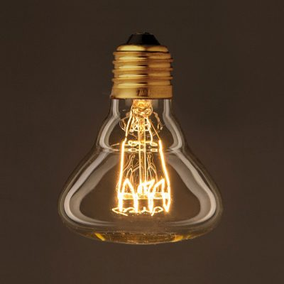 EDISON žiarovka má retro vzhľad, pripomínajúci prvé žiarovky vytvorené Thomasom Edisonom. Jedinečný typ suhlíkovým vláknom
